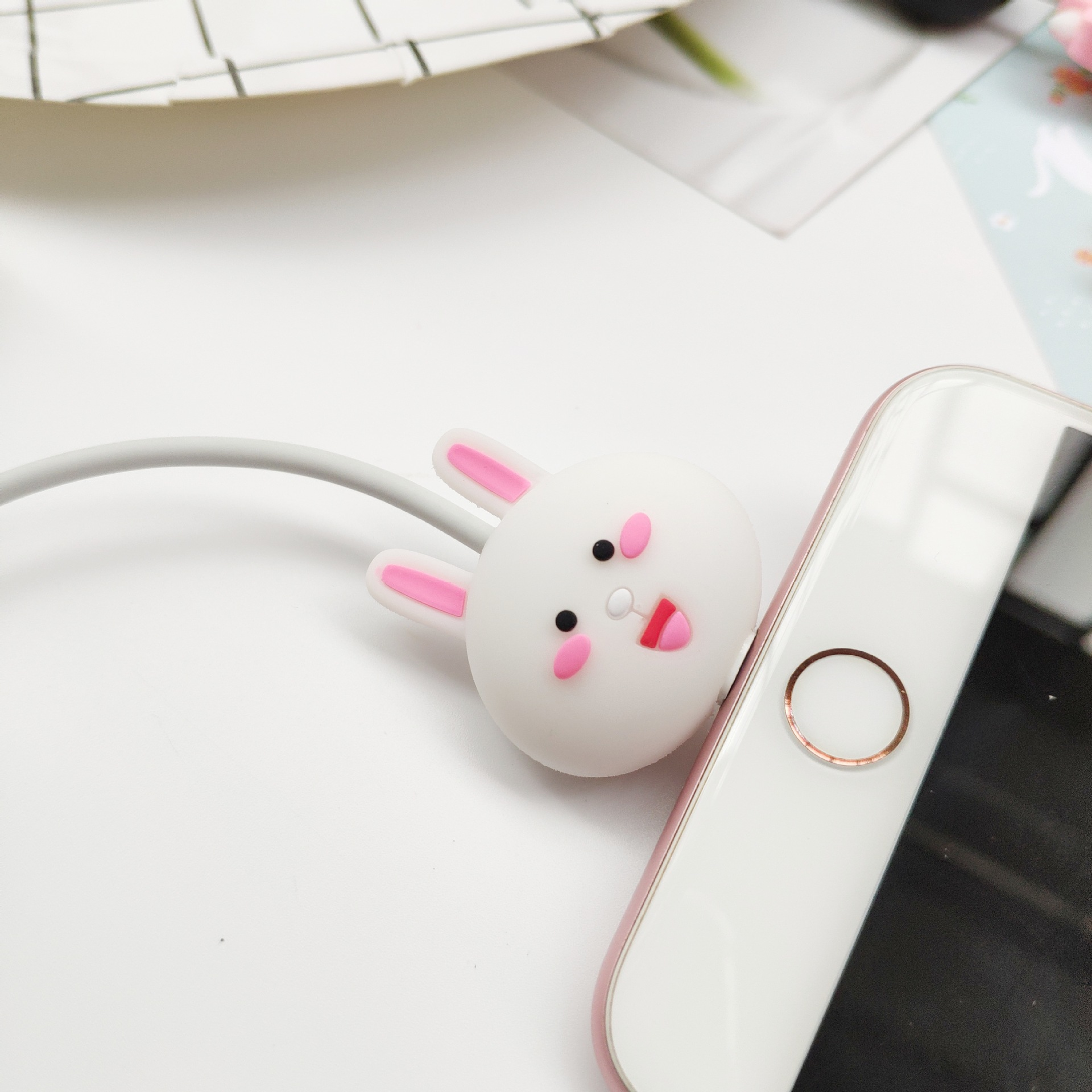 1 Pcs Protector Charger Usb Cable Winder Holder Accessory Organizer Animal Rabbit Model Funny For Meizu For Lenovo Protection Cellphones & Telecommunications
