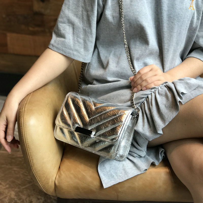 2018 New Small Bags For Women Flash Shining Bags Brand Fashion Diagonal Shoulder Bag small Silver Bags For Girl Gifts Summer