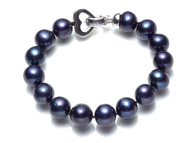 0eacb8bd8c3297 Black Pearl Necklace genuine natural freshwater pearls round female short  10-11mm near her mother