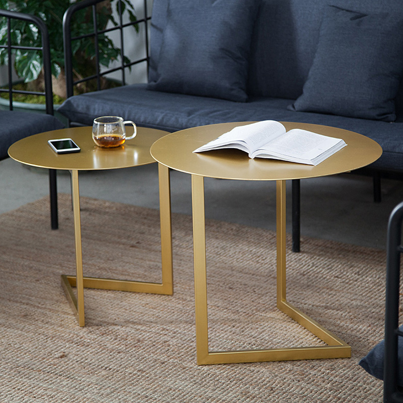 Creative Round Coffee Tables Iron art Tea table Side table american art hardware toughened glass tea table creative tea table rectangular coffee table