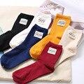 Nueva Marca de Otoño Invierno de Color Sólido Mujeres Harajuku Calcetines calcetines calcetines de Algodón de Rayas Verticales Retro Estándar Aguja Calcetines Femeninos