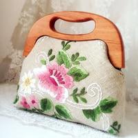 Vintage Embroidery Totes High Quality Women Bags Handmade Peony Flower Handbag Retro Linen Crossbody Bags Wooden Handle Boston