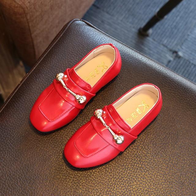 2017 Весна Осень Мальчик Девочка Кожа Shoes Сплошной Цвет Slip-on Kid Квартиры Унисекс Дети Vintage Casual Shoes