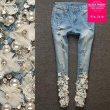 Brand new 3d Fleur Blanche Broderie femmes Crayon Pantalon jeans 2018  printemps mode haute qualité diamants 6d1b5281c34