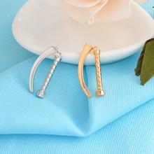 ФОТО small cute laryngoscope gold silver brooch fashion personality metal enamel pin doctor nurse clothing backpack accessories