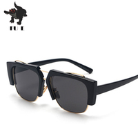 FU E The Latest Style Fashion Trend Street Shooting Women Glasses And Men Sunglasses Brand Designer