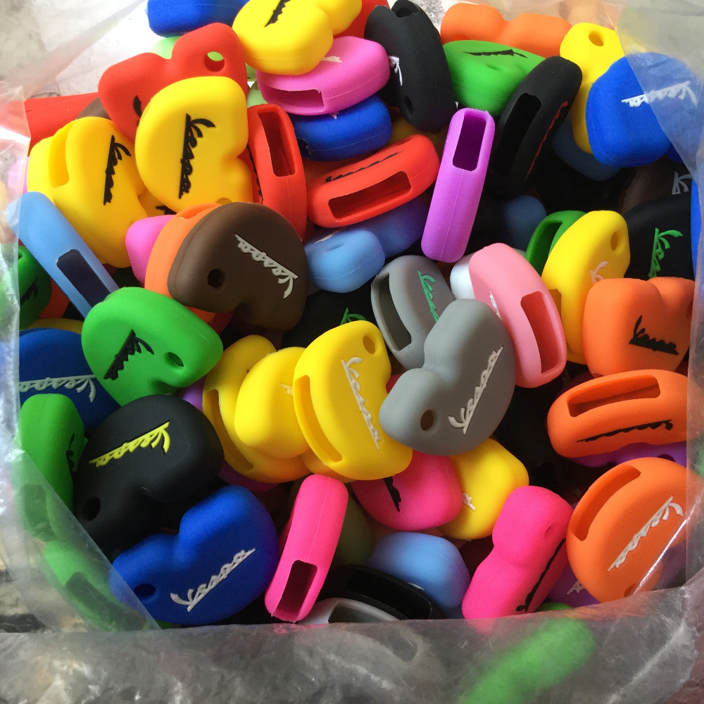 Lots of 100 Silicon Key Cover Case Protector For Vespa Silicone Key Chain S LX LXV