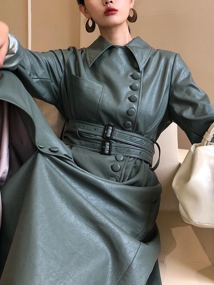 Pre-fall 2018 New Heavy Industry Customized Medium Long Leather Coat Women's Coat.