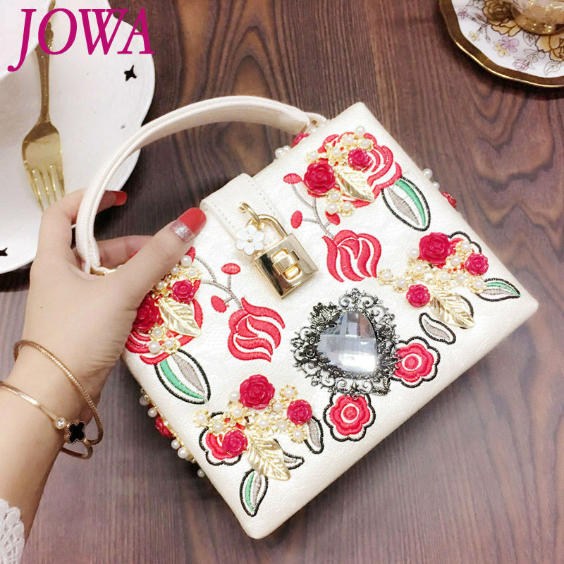 2017 New Fashion Shoulder Bags Vintage Embroidery Trunk Handbag Women's Flower Handbags High Quality Evening Party Bag 2 color  new national embroidery bags high quality women fashion shoulder