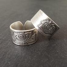 Кольцо обручальное из серебра 999 пробы с цветком пиона