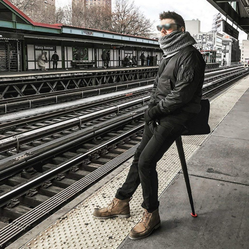 Outdoor travel fishing mini portable seat rod folding retractable stool stick artifact portable subway light camping hiking tool