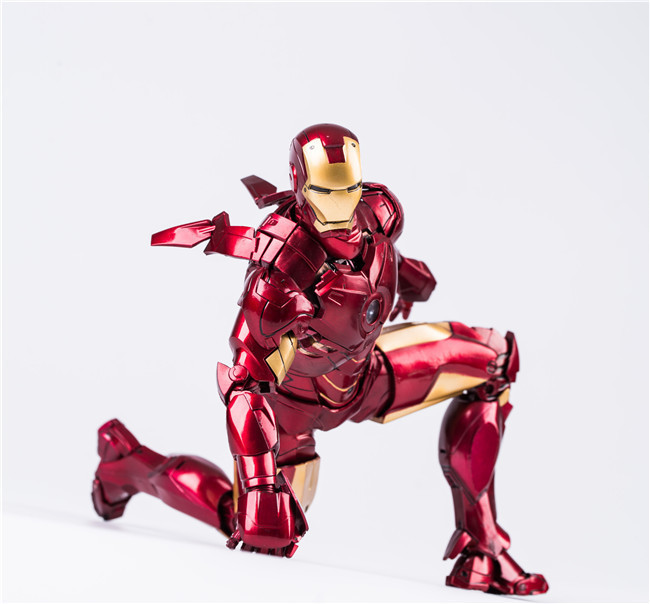 28cm Marvel Super Hero Avengers Iron man action figure PVC toys collection doll anime cartoon model for friend gift saintgi marvel avengers assemble iron man tony stark animated doll super heroes 15cm pvc action figure collection model toys