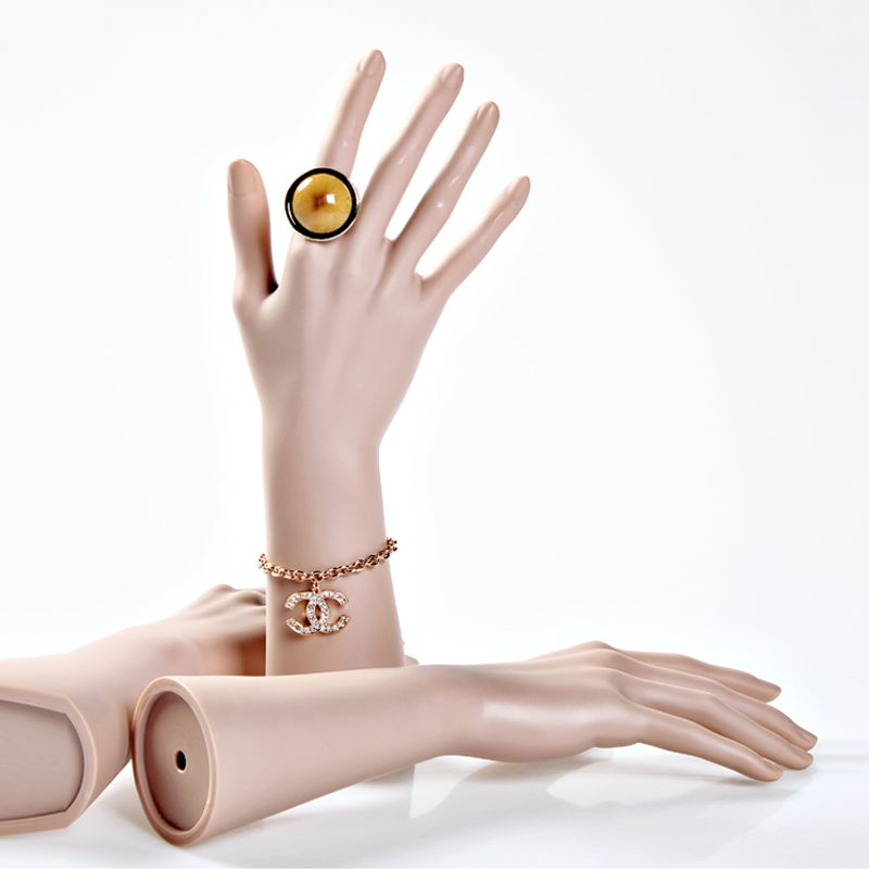Høykvalitets Ubreakable Female Mannequin Dummy Hands, Realistic Manikin Hands, Hånd Modell For Rings & Smykker Display