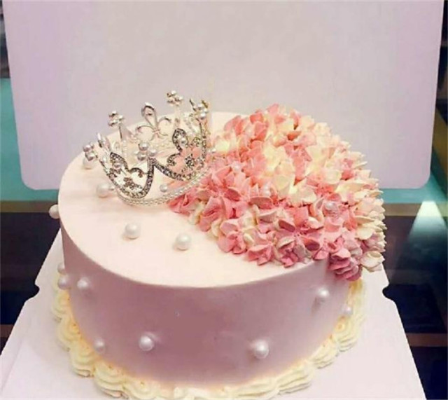 Mini Princess Crown Birthday Cake Decorations Pearl In The Creative Decoration