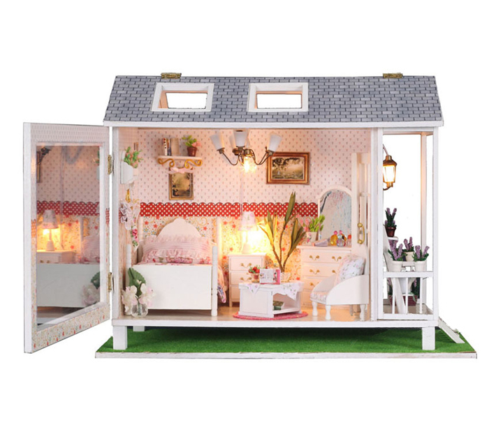 Kids dolls house furniture roselawnlutheran for Big modern dollhouse