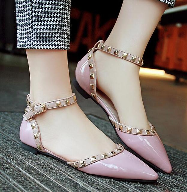 2018 Genuine leather Strap Studded Women Flats Shoes Pointed Toe Ankle Wrap Rivets Sandals patent Leather flats Shoes Ladies Plus size35-43 newest cheap sale reliable cheapest 2DES6GCzt