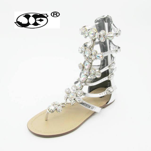 2018 New Bohemian Women Sandals Crystal Flat Heel Sandalias Rhinestone  Chain Women Shoes Thong Flip Flops Sapatos woman 5182678c4739