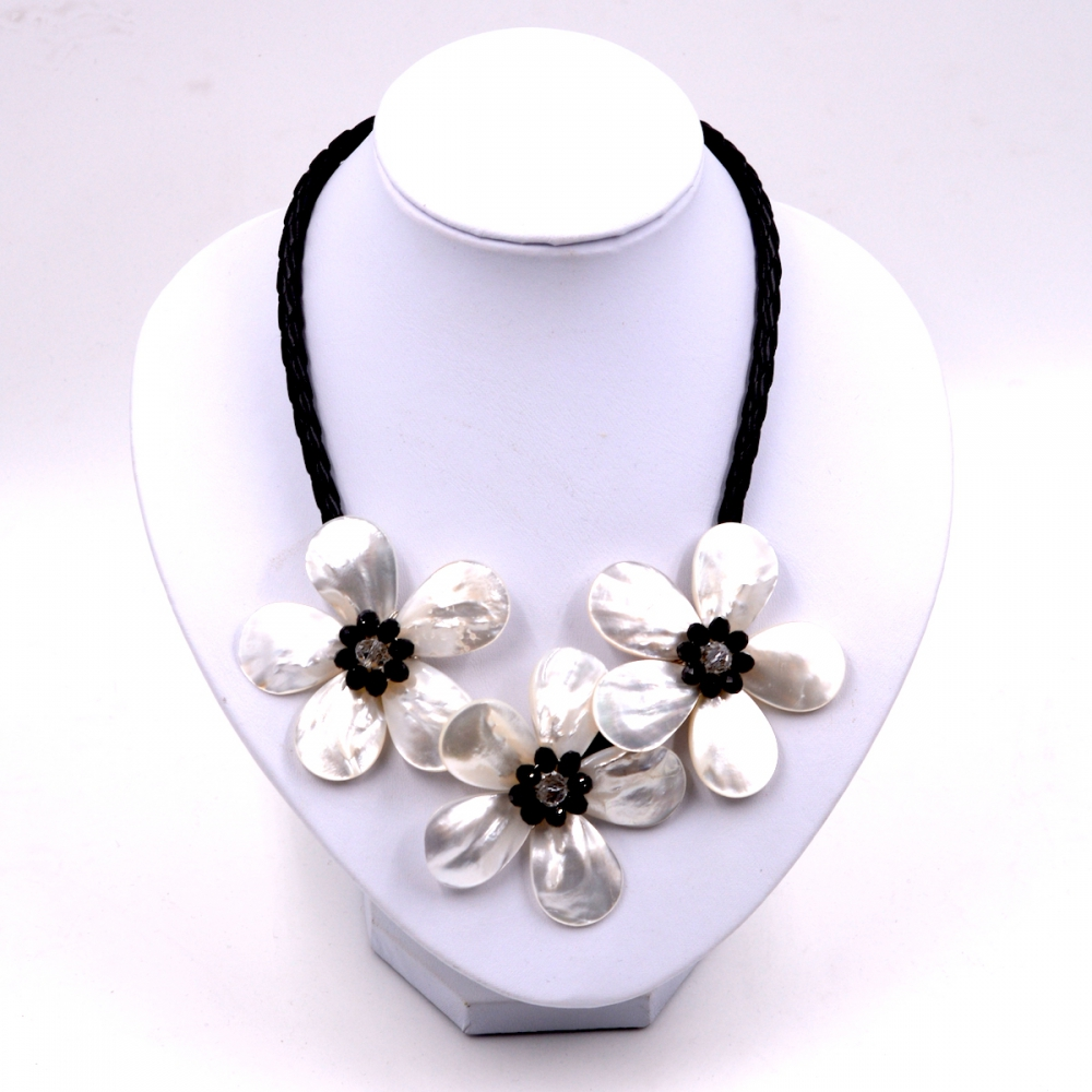 Noble Female Jewelry Black crystal white sea shell woven leather flower necklace Choker Necklaces