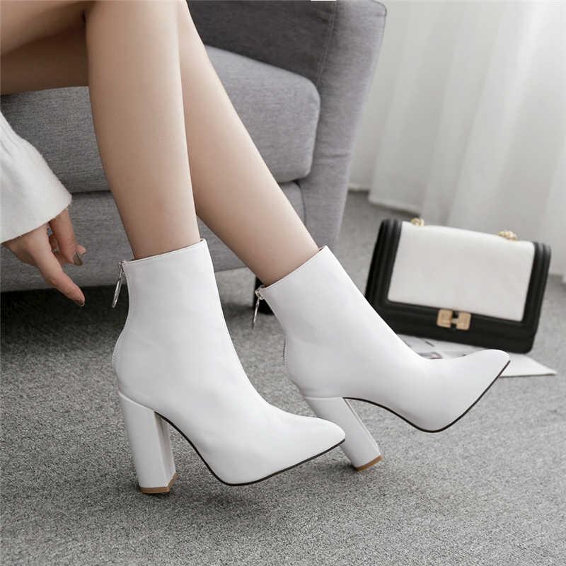 2019 moda lüks kadın 10.5cm yüksek topuklu fetiş çorap deri blok beyaz topuklu yarım çizmeler Scarpins tıknaz ayakkabı YMN-36