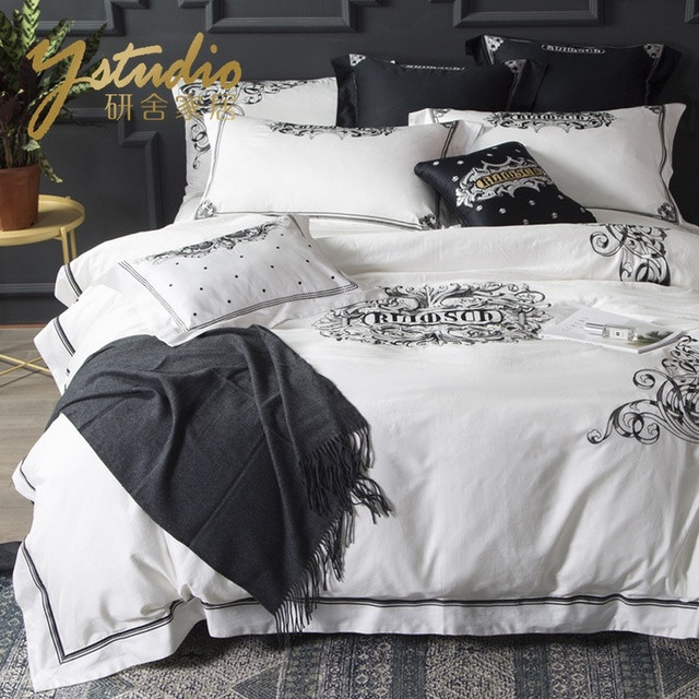 4 pcs bedding sets Classical black white Retro embroidery bedding set bed linen duvet cover Pillowcase bed sheet king queen size
