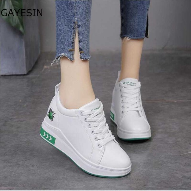 b8948de9b214 Black White Platform Women Shoes 2018 Spring Autumn Korean Hidden Heel  Fashion Wedge Sneakers Casual Shoes