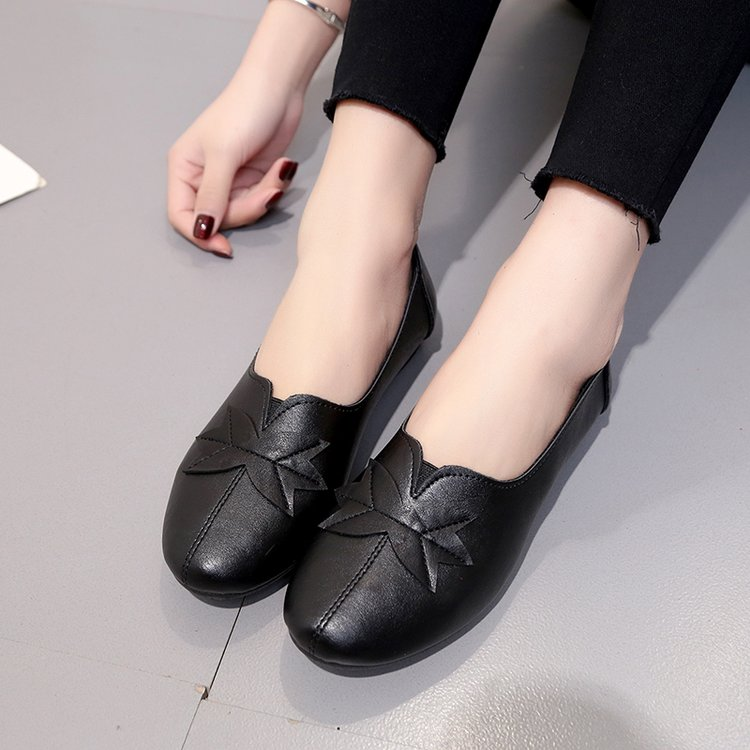 18 Soft Women Shoes Flats Moccasins Slip on Loafers Genuine Leather Ballet Shoes Fashion Casual Ladies Shoes Footwear E003 6