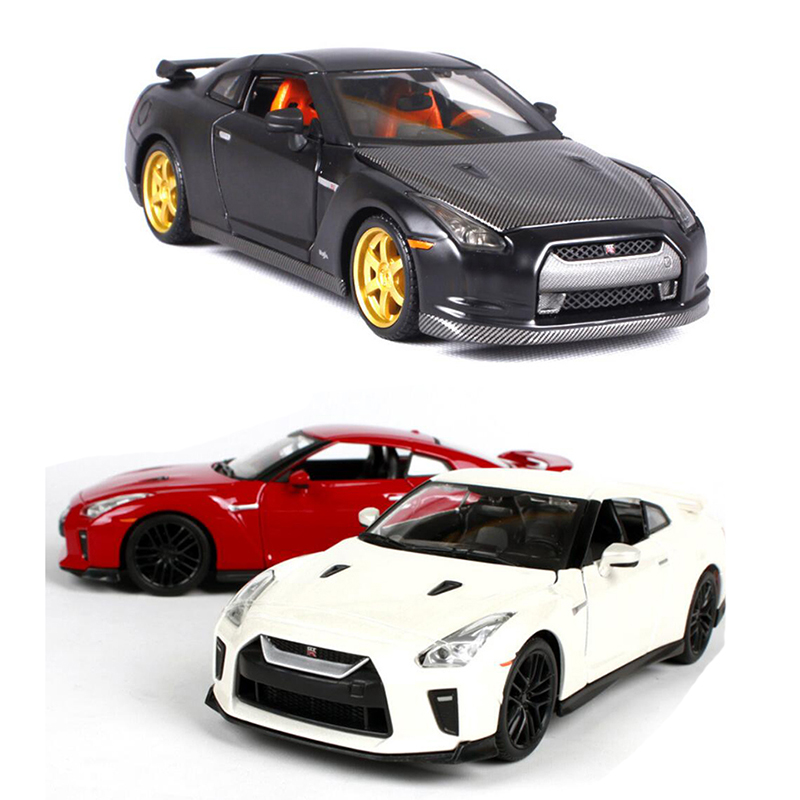 1:24 Diecast Model Car High Simulation Sport Car Scale Alloy Pull Back Nissan GTR R35 Cars Model Toy V101