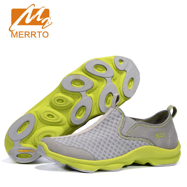 9776b00fe67 Lightweight Men Water Shoes Quick Drying Wading Shoes Male Aqua Shoes for  Outdoor Upstream Breathable Sports Hiking Shoes-in Upstream Shoes from ...