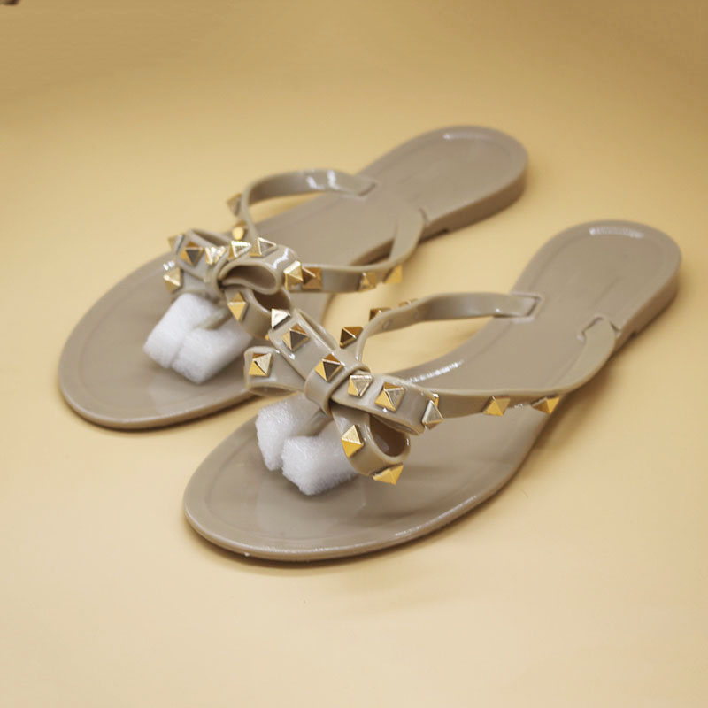 Women Sandals Studs Flip-Flops Rivet Beach-Slides Fashion Summer Slip