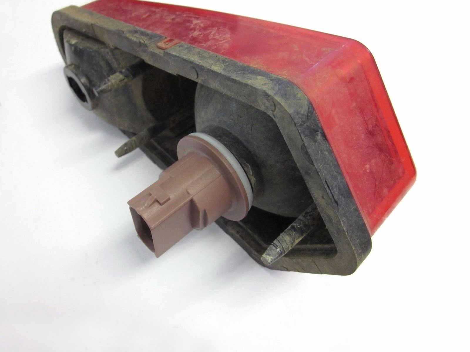 Автомобильные поворотники для заднего или переднего света Тормозная парковочная лампа розетка для Ford Escape Ranger Crown Victoria 2004-2011 Fiesta Flex 09-12 и т. д.