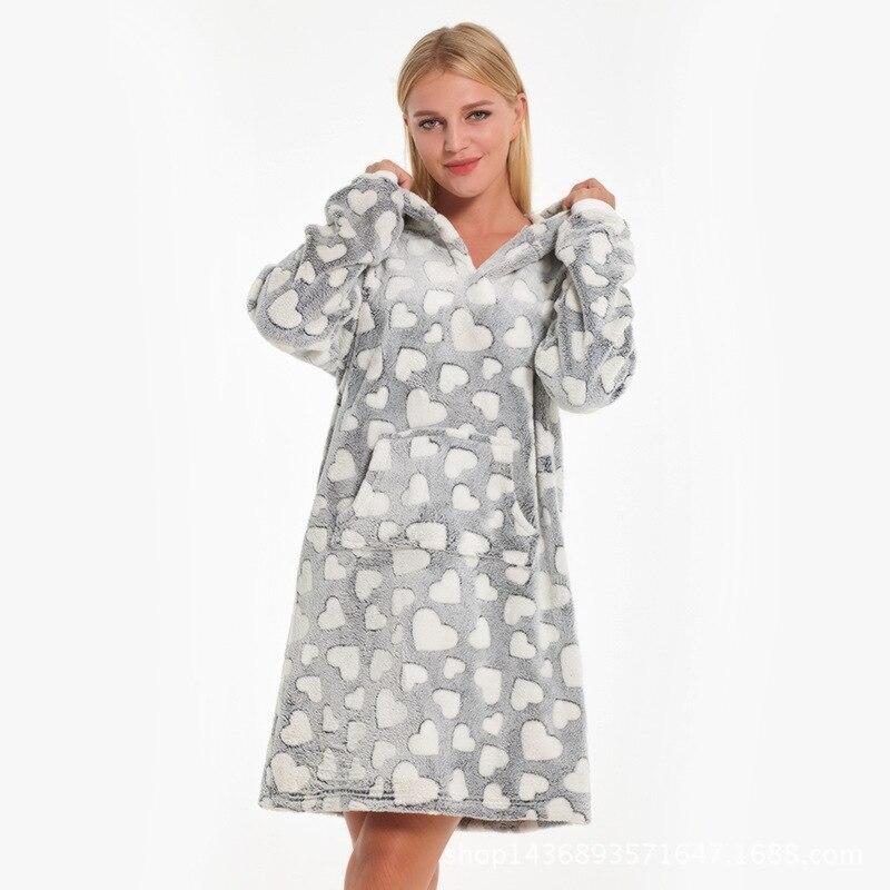 537f7887e504c1e Новая зимняя ночная рубашка с капюшоном Женское ночное белье коралловый  флис ночная рубашка утолщенная теплая ночная