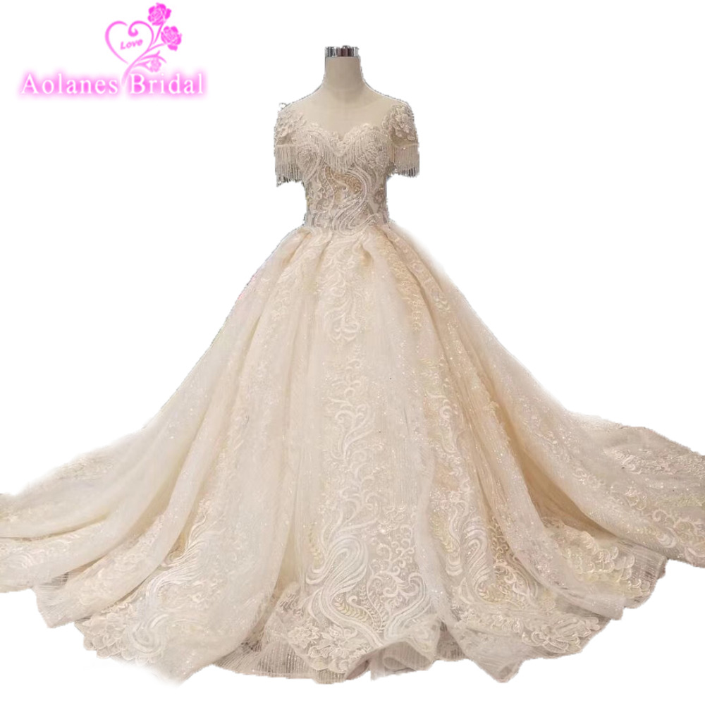 Amazing Bride Wedding Dresses Puffy Bridal Wedding Dress With Long Train Sweetheart Shiny Glitter Fabric Wedding Gown