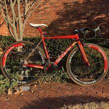 OEM uk brand T1000 carbon fibre bicycle frame 780g Carbon Road Bike Frame Di2 Electronic variable