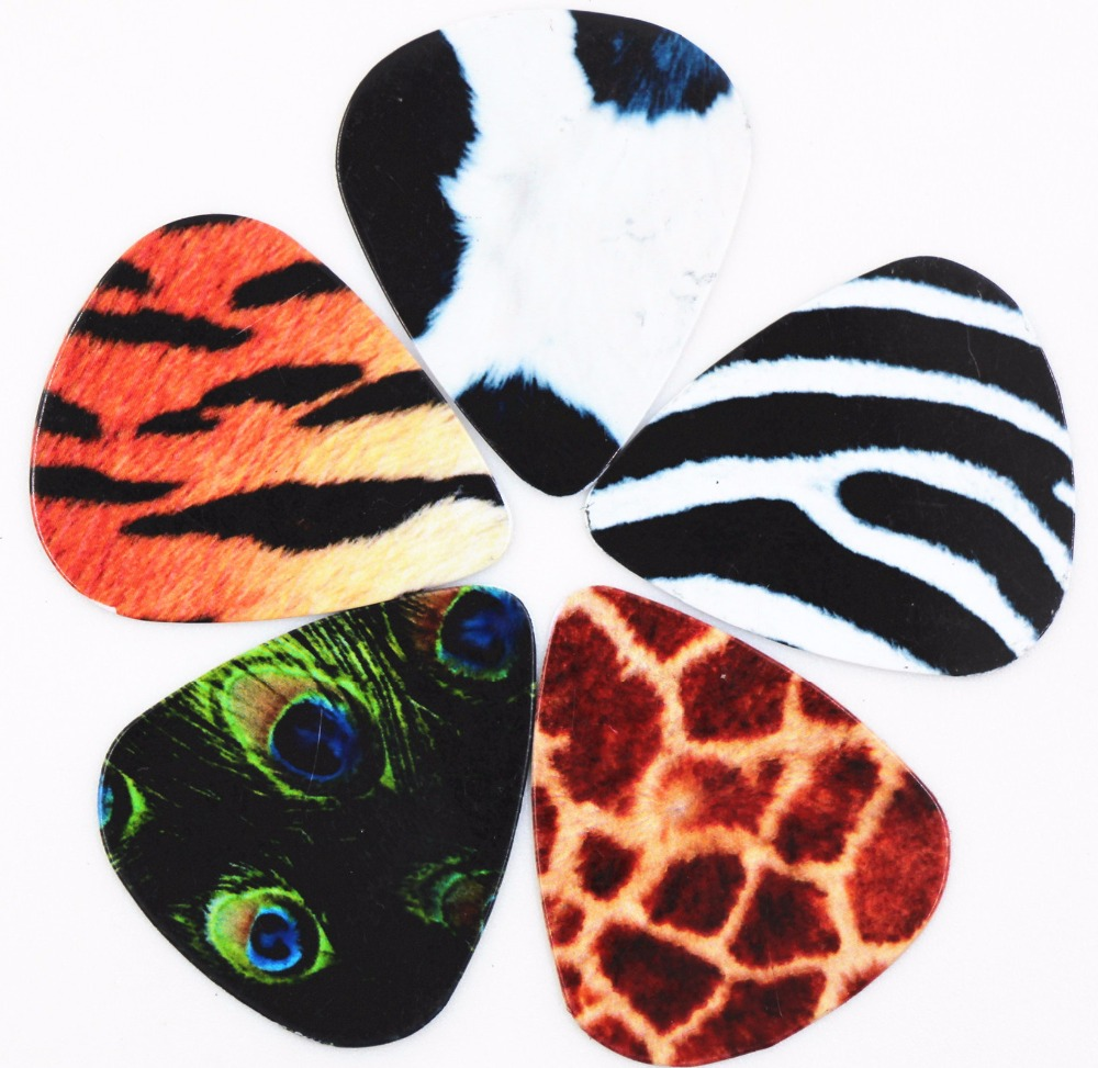 5pcs/Set Assorted Thickness Animal Skin Pattern Matte Celluloid Guitar Picks Plectrums Musical Instruments Guitar Accessories