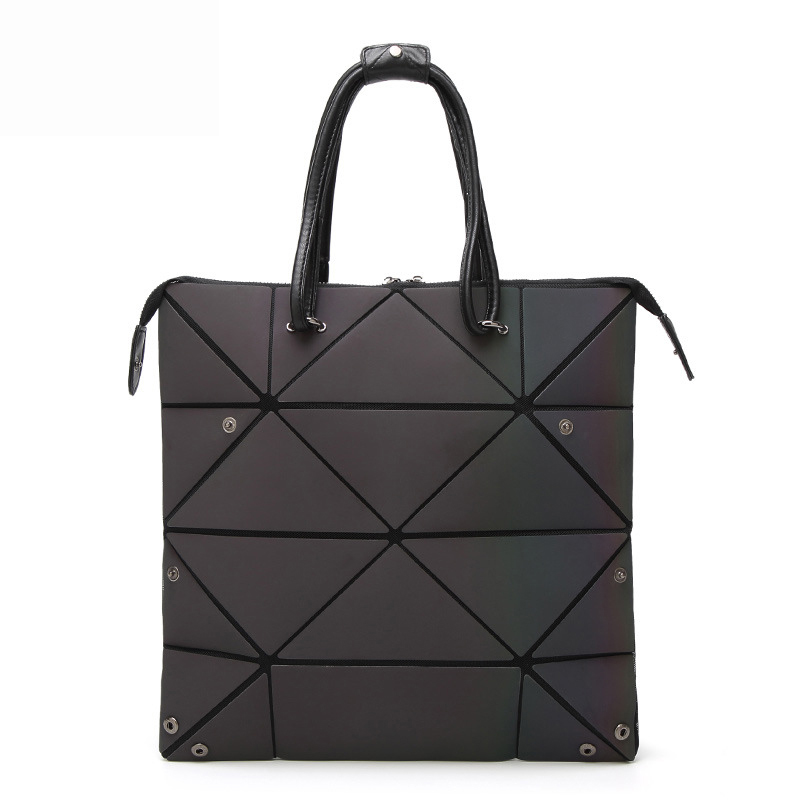 Новый Для женщин светящиеся Бао мешок Роскошные Геометрия Сумки Для женщин складной Курьерские сумки лазерной женский плечо сумка через пл...