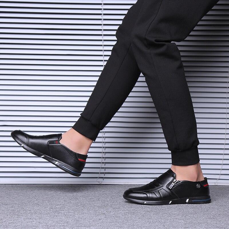 Black Qualité Sur Robe Haute Sandales Luxe Designer brown 2018 Formelle Cuir Chaussures Hommes En Évider Sneakers De Pointu Bout Slip Homme OzvgwH