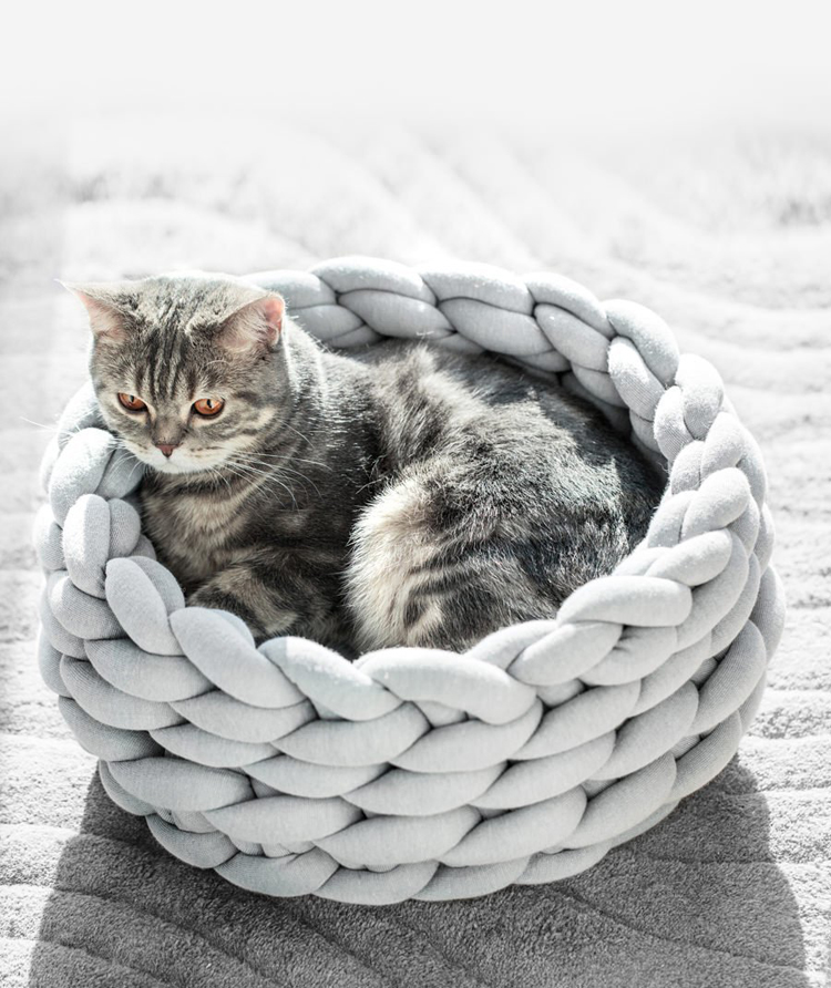 Braided-Dog-Bed-Warming-Dog-House-Soft-Pet-Nest-Kennel-Dog-Baskets-Indoor-Sleeping-Bag-Cat-Cage-Puppy-Cave-Bed-Sofa-Plus-Size-013