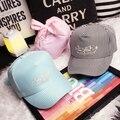 2016 moda pequeno doce cor de tarja carta bordado Bandanas Bandage boné de beisebol Caps ocasional curvas femininas chapéu de aba
