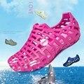 Любители летние обувь Сандалии моды дышащая плоским Баотоу Они прохладно тапочки обувь женская классические повседневная обувь женщин