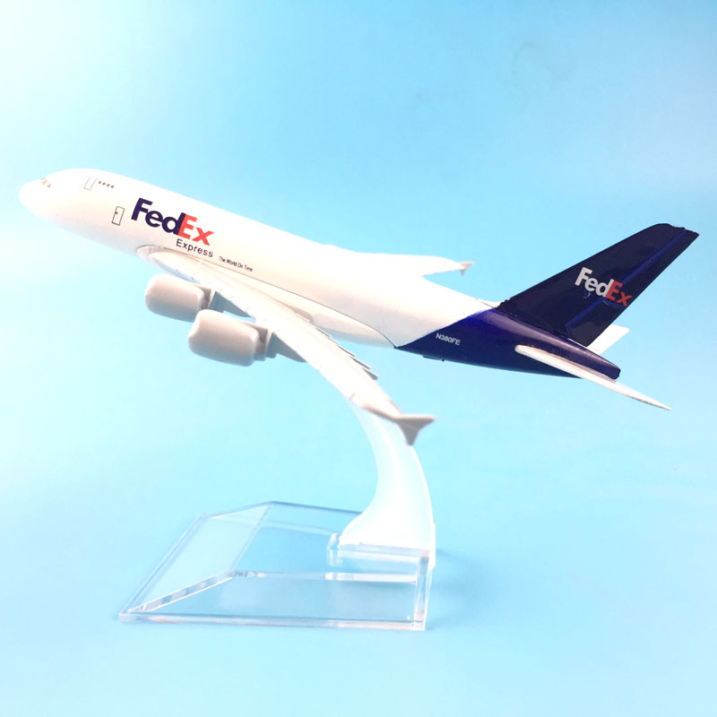 A380 FEDEX EXPRESS Airline MODEL PLANE AIRCRAFT Kids Toys 16CM Alloy Metal Model Plane W Stand Aircraft Toys Birthday Gift 1 200 boeing livery 777 b777 31cm metal alloy model plane aircraft model toys model w stand new year birthday collections gifts
