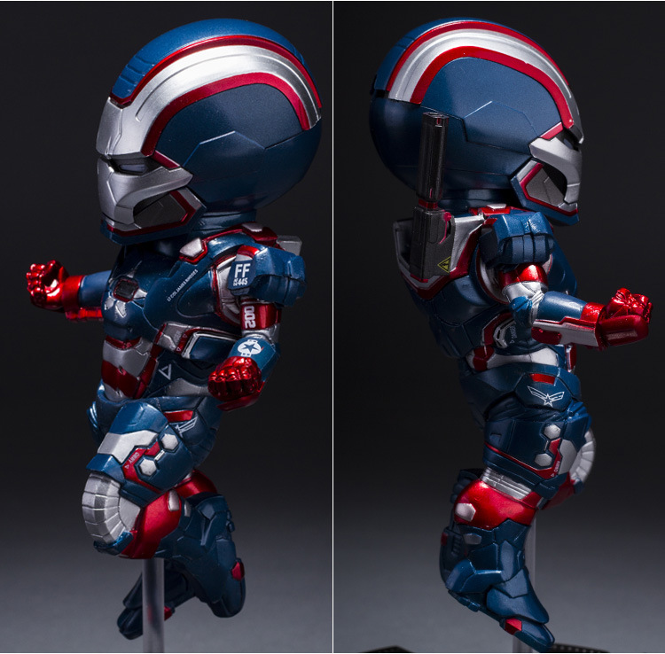 Iron Man 3 The Iron Patriot Defender 18 CM LED Flash Light Eyes Plat PVC Action Figures Collection Model Toys Dolls