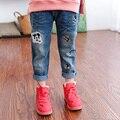 Outono Bonito Padrão Dos Desenhos Animados calças de Brim Para Meninas Unisex Elástico Meados Cintura Lavagem Luz Caráter Regular Casual Calças Roupas p036