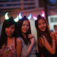 New 5PCS Fashion Led Flashing Devil Horns Plastic Headband Glow Light Up Hairpin For Concert Party