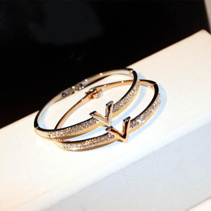 2016 New Design Brand Jewelry Letter V CZ Crystal Screw Bracelet Rose Gold Cuff Bangle For