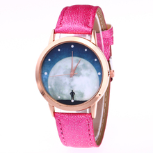 Sizzling New Quartz Wristwatch Ladies PU Leather-based Moon Dial Clock Women Watch Reward Timer relogio
