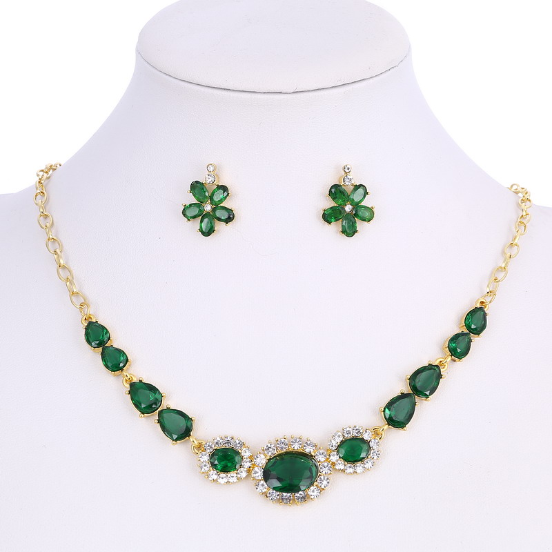 Brilliant Created Rhinestone Design Pendant Neckalce Green Zircon Jewelry Set For Lady Beautiful Banquet Accessory