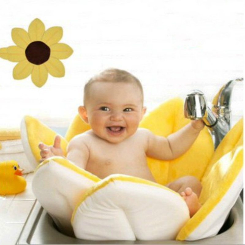 Baby Bath Accessories Stylish Floral Blooming Lotus Bath