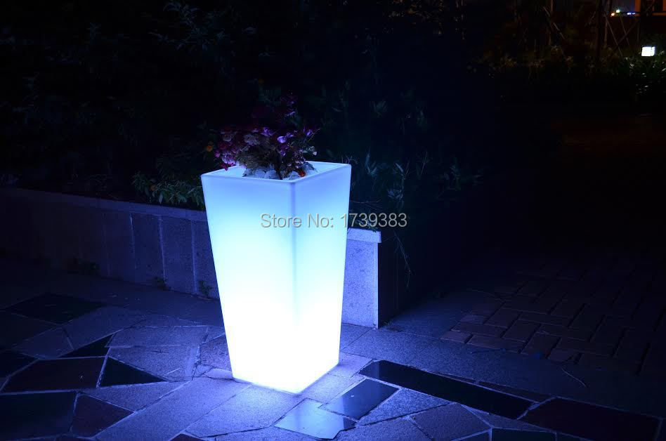 где купить Waterproof Outdoor H78cm 16colors Rumba square flower Y-Pot Light Bulb wireless,LED glow Ice Bucket,Led flower Plant Vase LIGHT по лучшей цене