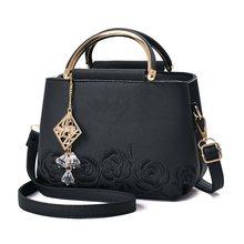 цена на Women Leather Handbags Hot Medium Shoulder Bags Luxury Women Messenger Bag Famous Brands Female Tote Women Handbag Bolsa