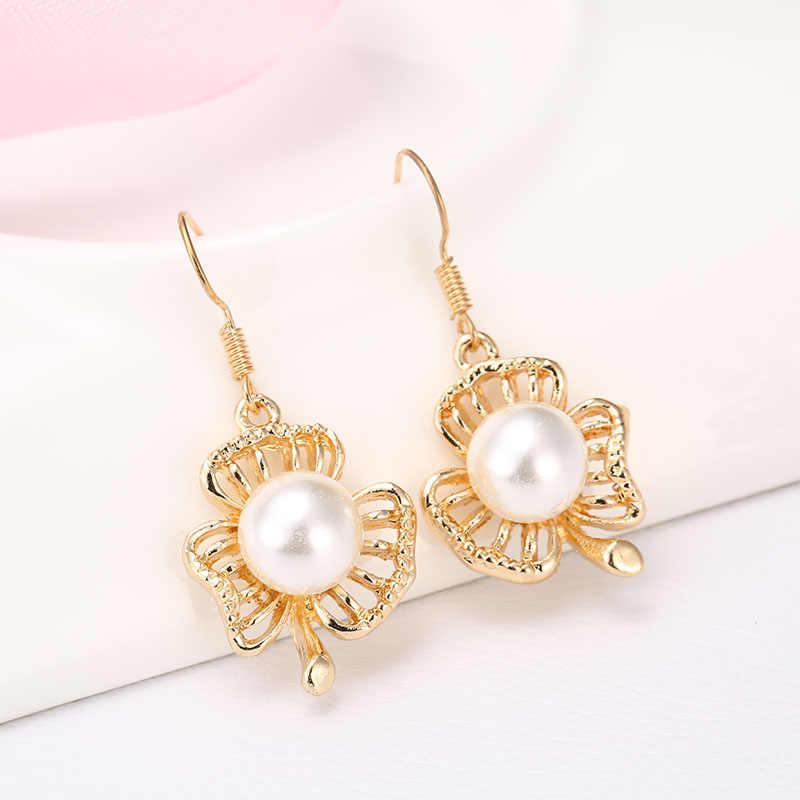 (Orden mínima $10 Mezcla) pequeños productos al por mayor red moda Stud pendientes chica pendientes 3 hoja perla pendientes 152